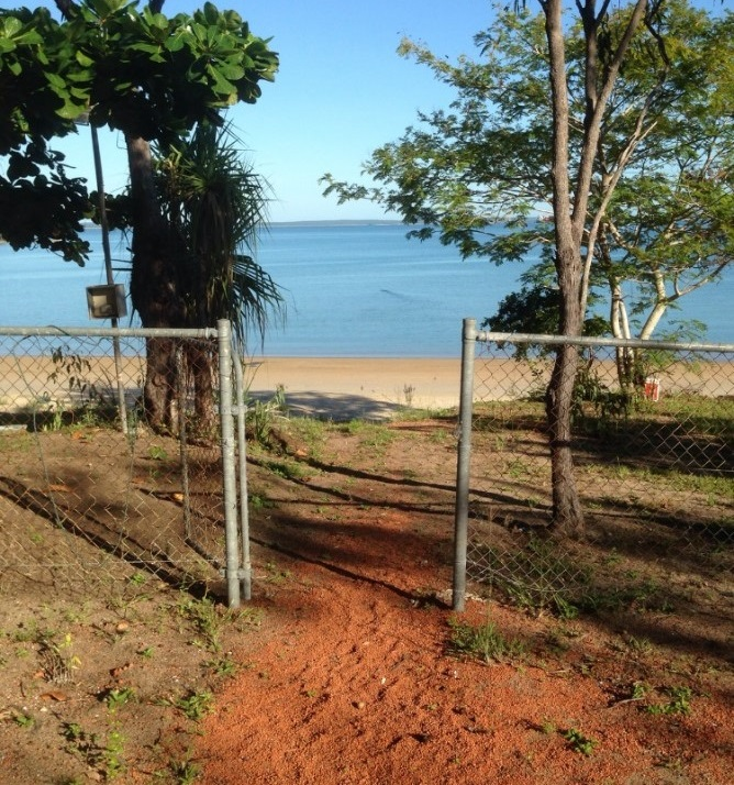 New croc fence protects residents in Guyangara